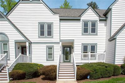Chesterfield Condo/Townhouse For Sale: 5613 Beacon Hill Drive
