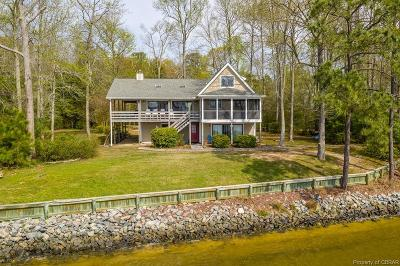 Lancaster Single Family Home For Sale: 160 Bar Point Road