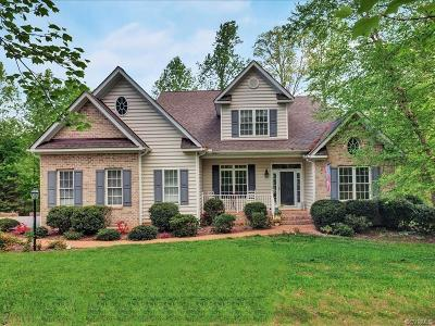 Chesterfield Single Family Home For Sale: 8024 Lammermoor Court