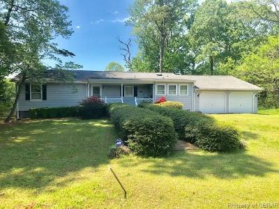 Deltaville Single Family Home For Sale: 624 Moores Pointe Road