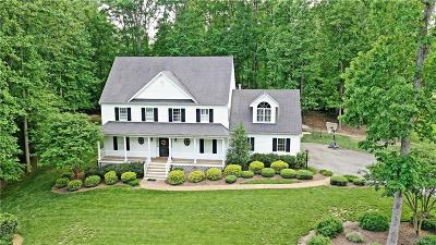 Powhatan Single Family Home For Sale: 3924 Olde Links Court