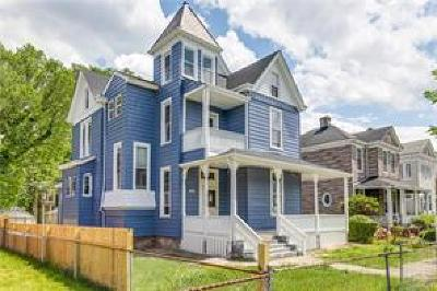 Richmond Single Family Home For Sale: 2011 Barton Avenue