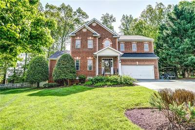 Henrico County Single Family Home For Sale: 11501 Maple Hill Court