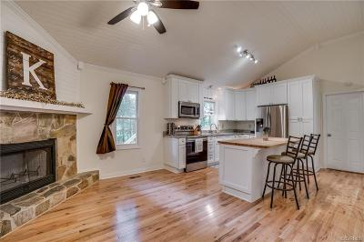 Chester Single Family Home For Sale: 11702 Perdue Terrace