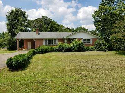 Amelia County Single Family Home For Sale: 9602 Pridesville Road