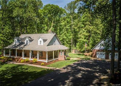 Powhatan County Single Family Home For Sale: 6010 Old Buckingham Road