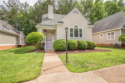 Chesterfield County Condo/Townhouse For Sale: 14711 Boyces Cove Drive #32