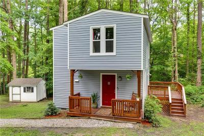 North Chesterfield Single Family Home For Sale: 909 Arch Hill Place
