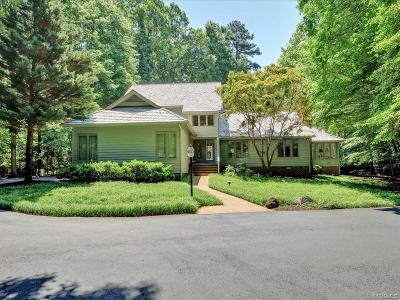 Midlothian Single Family Home For Sale: 11241 Buckhead Terrace