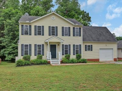 Single Family Home For Sale: 15473 Featherchase Drive