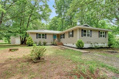 Powhatan County Single Family Home For Sale: 2334 Georges Road