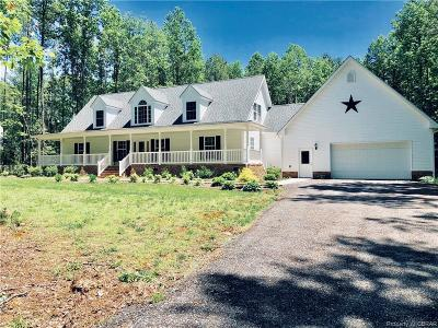 Middlesex County Single Family Home For Sale: 28 Hartfield Green