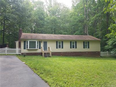 Chesterfield Single Family Home For Sale: 10305 Cloverfield Court