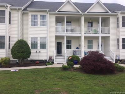 Middlesex County Condo/Townhouse For Sale: 740 Marsh Pungo Road