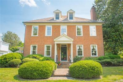 Middlesex County Single Family Home For Sale: 220 Watling Street