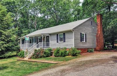 Powhatan County Single Family Home For Sale: 1950 Huguenot Trail