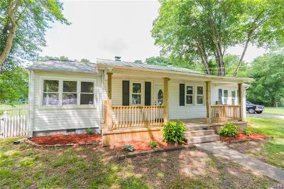 Ashland Single Family Home For Sale: 208 Elm Street