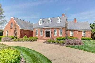 Single Family Home For Sale: 301 E Landing