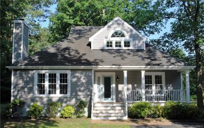 Chesterfield Single Family Home For Sale: 5602 Woods Walk Road
