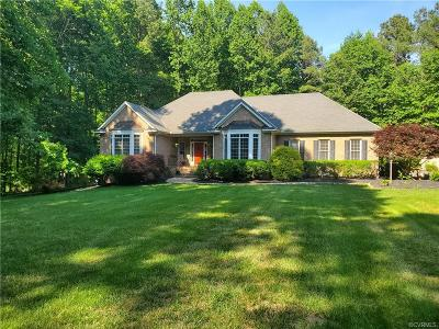 Powhatan County Single Family Home For Sale: 2764 Maple Grove E Lane