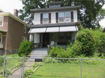 Richmond Single Family Home For Sale: 606 Arnold Avenue