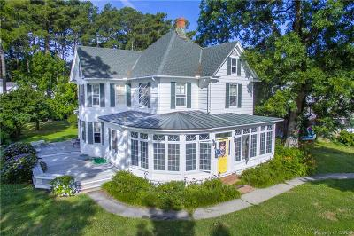 Middlesex County Single Family Home For Sale: 496 Jackson Creek Drive