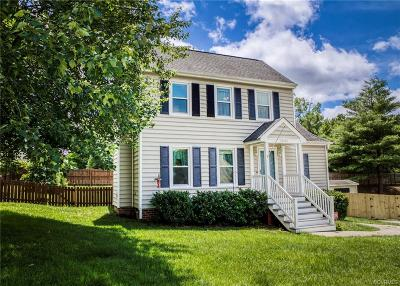 Henrico Single Family Home For Sale: 10442 Gibsons Landing Drive