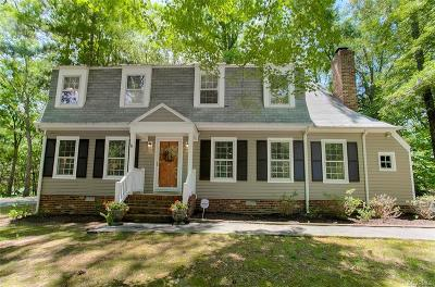 Henrico Single Family Home For Sale: 1902 Moonwind Place