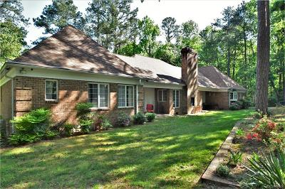 Midlothian Single Family Home For Sale: 1220 Huguenot Trail