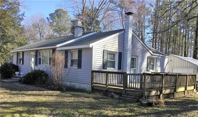 Single Family Home For Sale: 9 Shady Lane