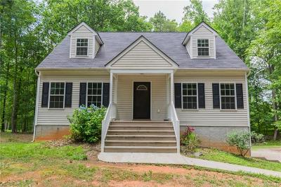 Powhatan Single Family Home For Sale: 3385 Trenholm Road
