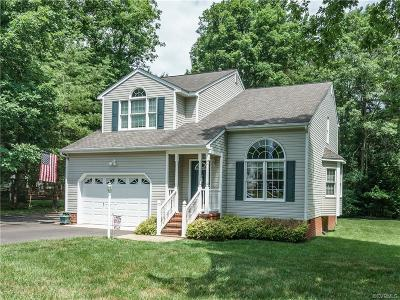 Chester Single Family Home For Sale: 304 Thornhill Drive