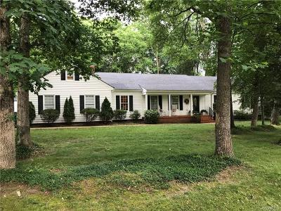 Chesterfield Single Family Home For Sale: 2211 Oak Water Court