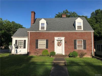 Blackstone Single Family Home For Sale: 607 S Main Street