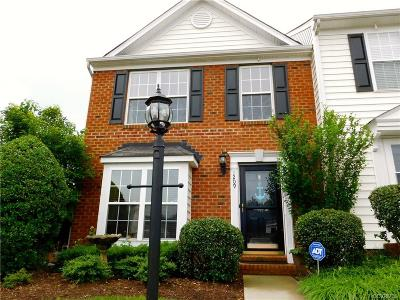 Henrico Single Family Home For Sale: 1209 Magnolia Pointe Boulevard