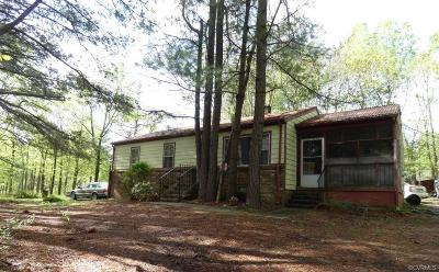 Amelia County Single Family Home For Sale: 8821 Rocky Run Lane
