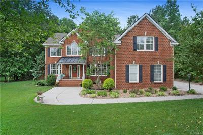 Single Family Home For Sale: 15518 Fox Cove Circle