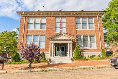 Richmond Condo/Townhouse For Sale: 2600 E Grace Street #3