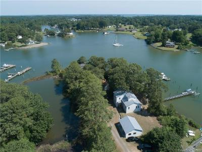 Deltaville Single Family Home For Sale: 122 Sunrise Point