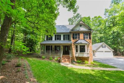 South Chesterfield Single Family Home For Sale: 14510 Fox Knoll Drive