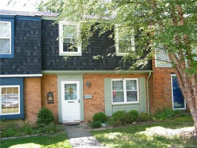 Condo/Townhouse For Sale: 1414 Calander Court #1414