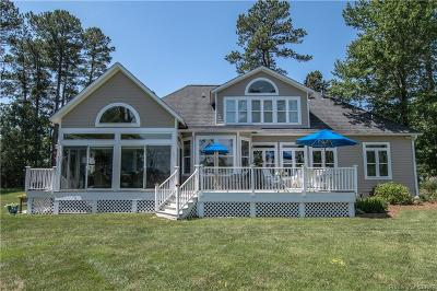 Middlesex County Single Family Home For Sale: 31 Kilmer Point