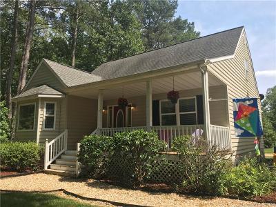 Mathews Single Family Home For Sale: 220 Woods Cove Lane