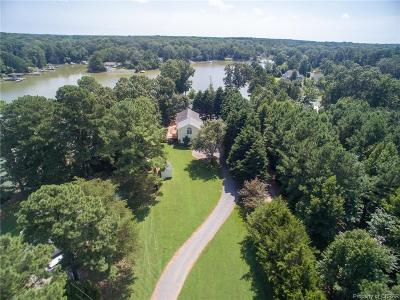 Single Family Home For Sale: 682 Greenfield Point Drive