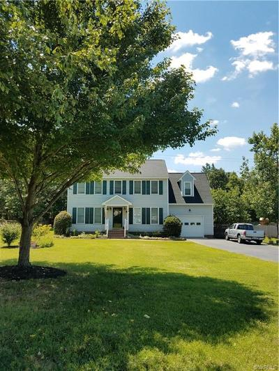 Midlothian Single Family Home For Sale: 8035 Kentucky Derby Drive