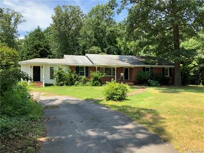 Midlothian Single Family Home For Sale: 14000 S Carriage Lane