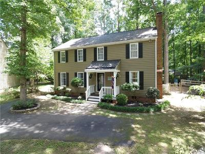 Midlothian Single Family Home For Sale: 2906 Fox Chase Drive