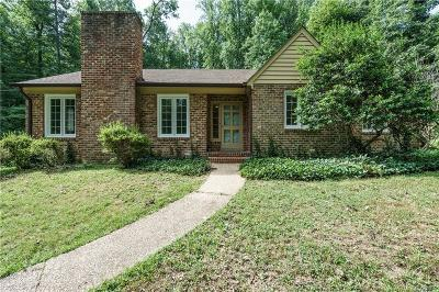 Chesterfield Single Family Home For Sale: 8125 Whittington Drive
