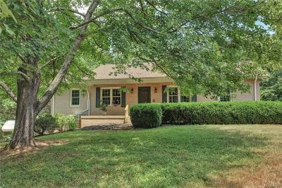 Powhatan County, Amelia County Single Family Home For Sale: 1612 Lakeside Drive