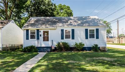 Colonial Heights Single Family Home For Sale: 302 Wright Avenue